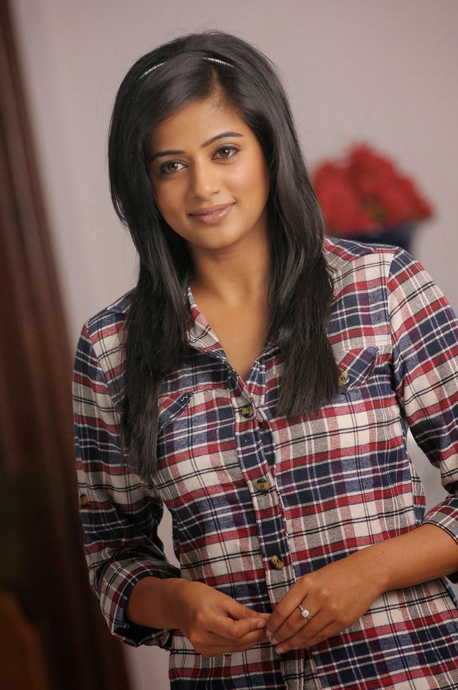 Priyamani photos from Chandi Movie-HQ-Photo-6