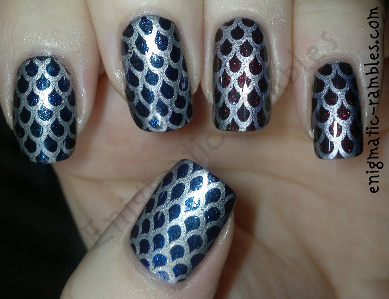review-moyou-128-stamping-plate-fish-scales-duochrome-w7-twilight-max-factor-fantasy-fire-barry-m-silver-foil-effect