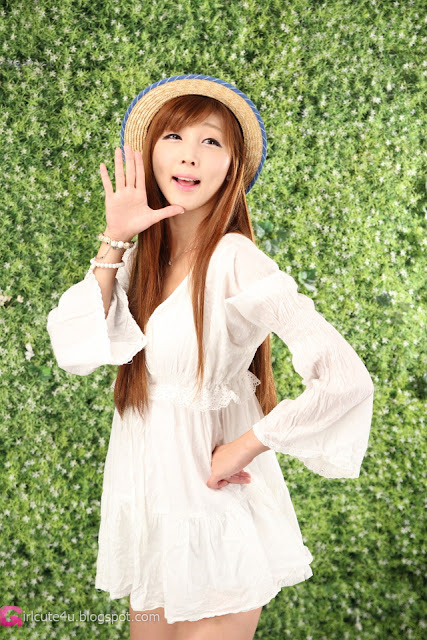 2 Lee Yoo Eun in White-Very cute asian girl - girlcute4u.blogspot.com