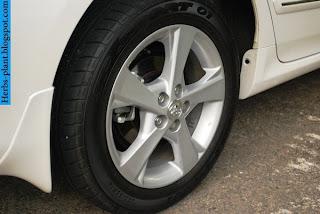 Toyota avanza car 2012 tyres/wheels - صور اطارات سيارة تويوتا افانزا 2012