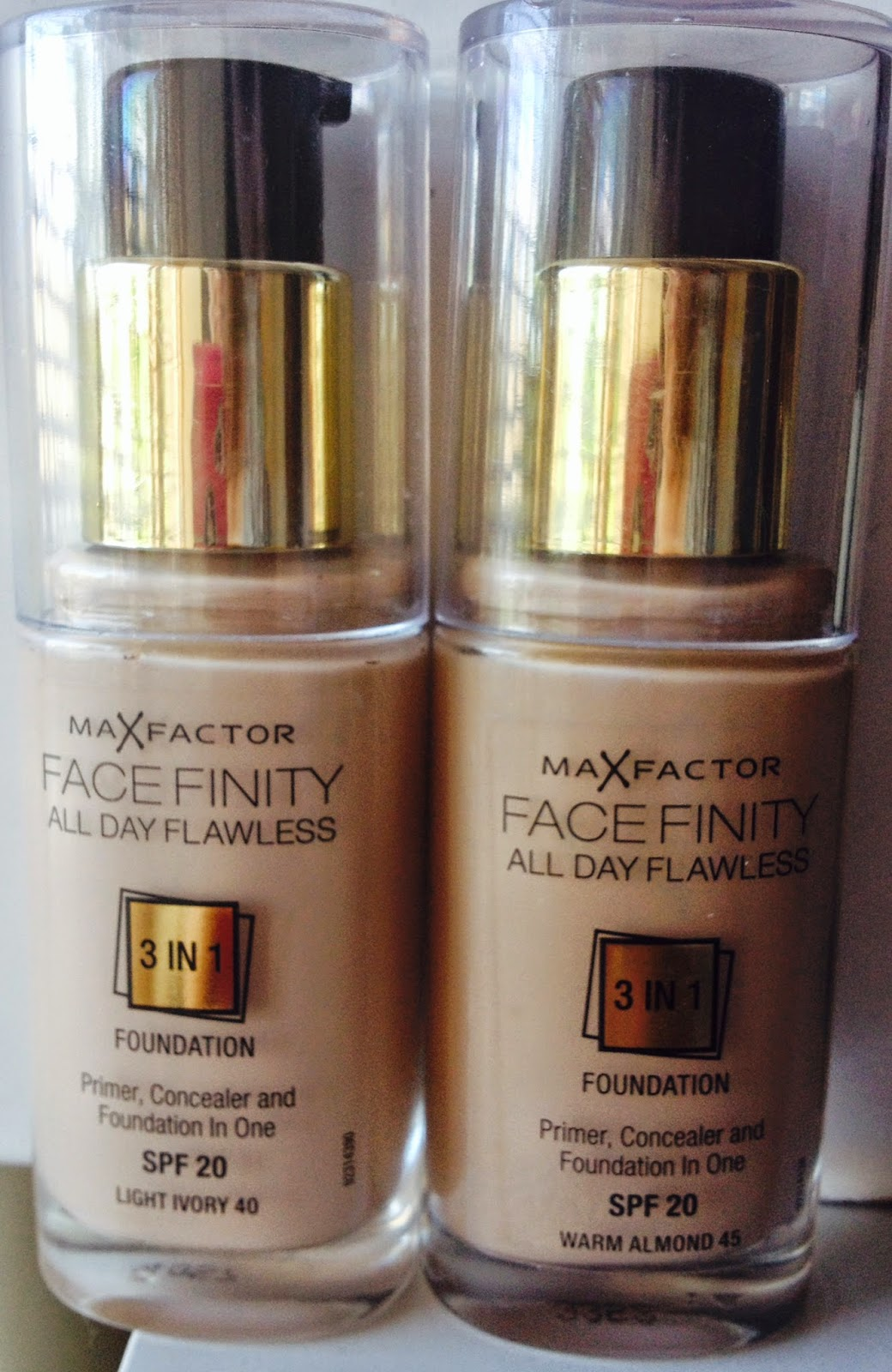 max factor facefinity all day flawless 3 in 1 foundation review and swatches light ivory warm. Black Bedroom Furniture Sets. Home Design Ideas