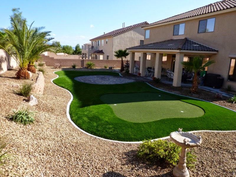 House Backyard Desert idea