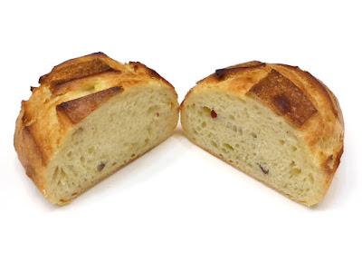 さつまいものパン(PATATE DOUCE) | MAISON KAYSER(メゾンカイザー)