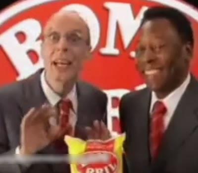 Propaganda da Bombril com Pelé e Carlos Moreno em 1998.