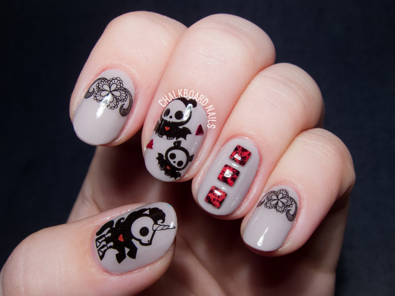 Nail Pop x Skelanimals decals via @chalkboardnails