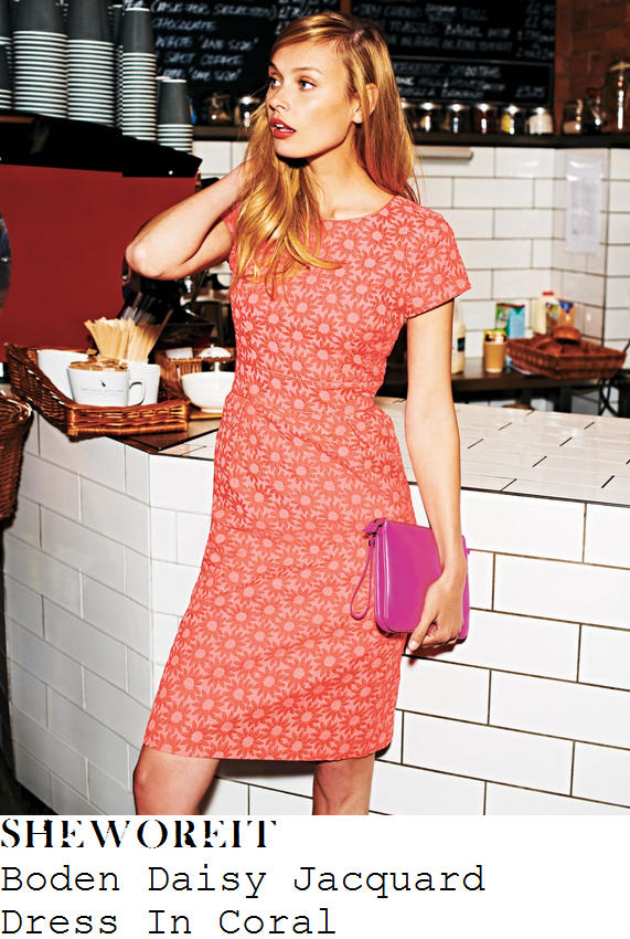 holly-willoughby-coral-daisy-pattern-short-sleeve-dress