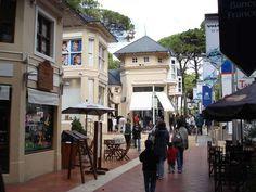 Centro comercial en cariló