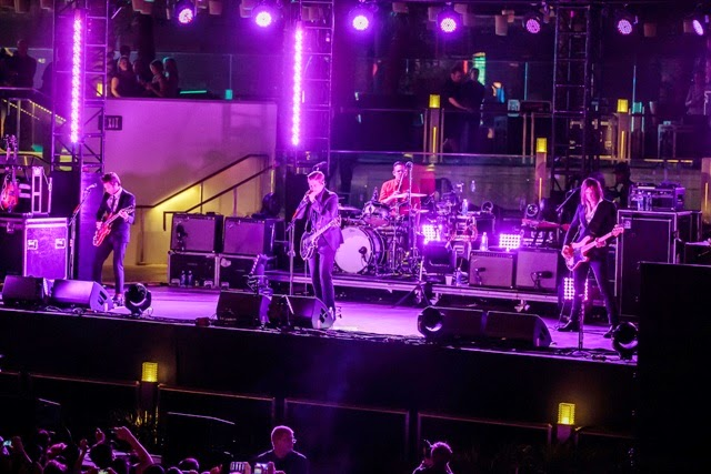 Alternative rock band interpol light up mophie stage at the blvd pool