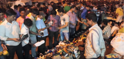Dedh Gulli in Kamathipura, Mumbai, hosts a market for stolen shoes, which  operates only between 4 am and 8 am on Fridays and Sundays.  There are 70 stalls here, which do a roaring business in peddling shoes that are lifted from temples, gurudwaras, churches, mosques, and wedding venues.  Mid Day details the modus operandi of the thieves, the middle men and the hawkers in an interesting report.