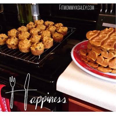 pumpkin, muffins, waffles, spice, holiday, baking, treats, kid friendly, clean eating, gluten free, delicious, hungry, breakfast, treats, snacks, mini muffins,