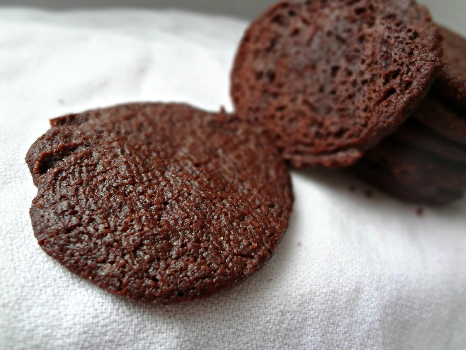 The Cooking Actress: Chocolate Wafer Cookies