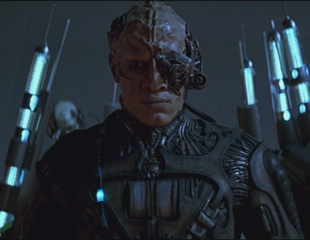A Borg Star Trek First Contact 1996 movieloversreviews.blogspot.com