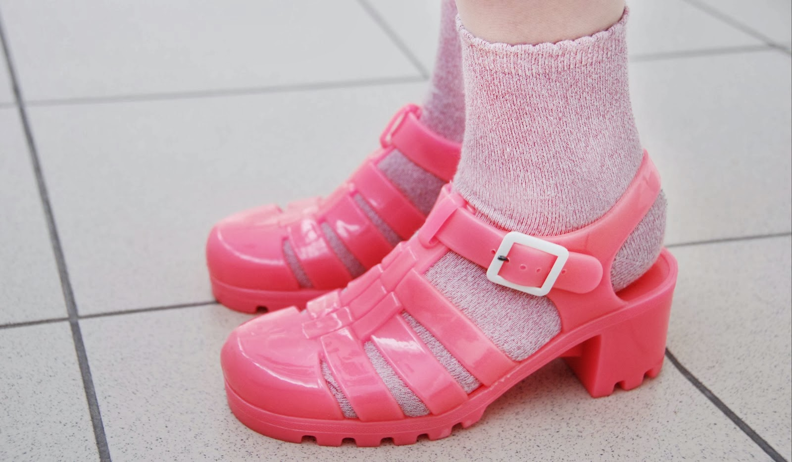 the pretty jam the glittery pink jelly shoes a tale of
