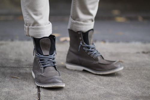 Timberland grey Earthkeeper lace up boot Seattle street style it's my darlin'