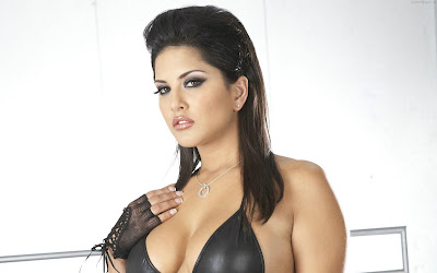 Sunny Leone HD Wallpaper-02-1600x1200