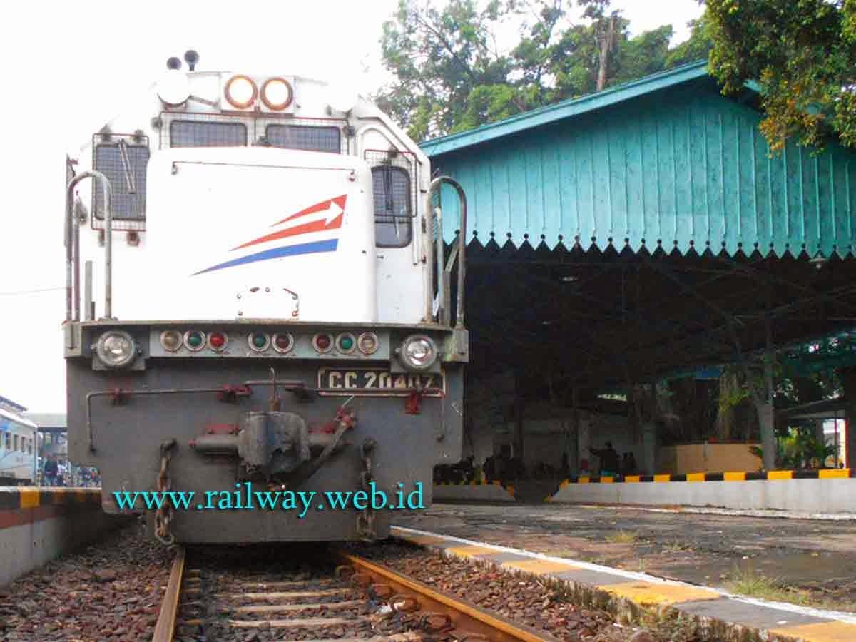 lokomotif cc204 03 07