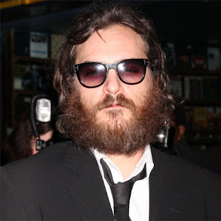 Joaquin Phoenix plus guest