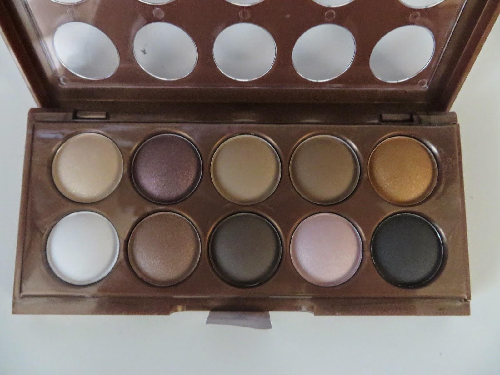 NYX Dream Catcher Eye Shadow Palette