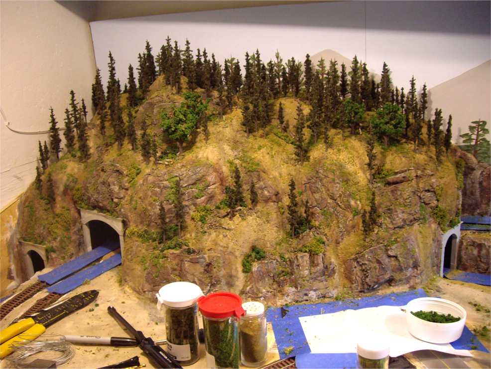 ty u0026 39 s model railroad  layout scenery part i  u2013 the mountain
