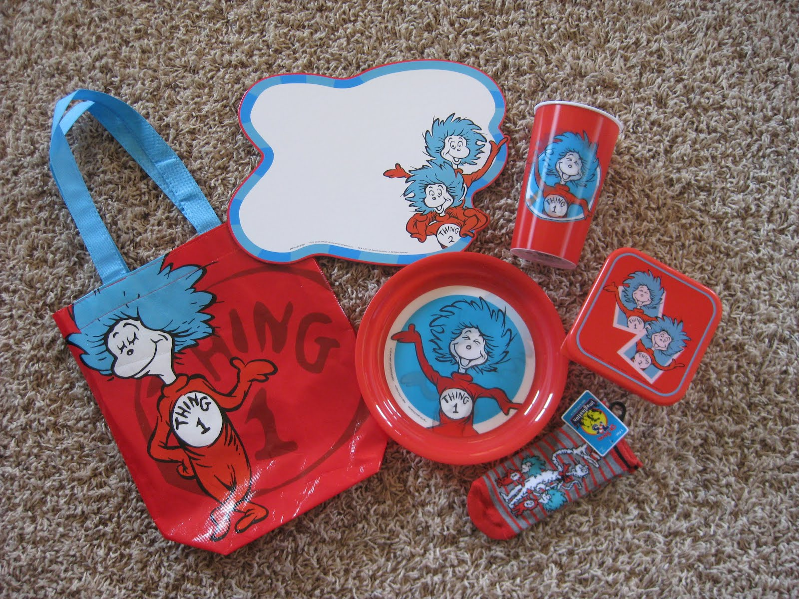 """Thing One And Thing Two Clipart Black And White """"thing 1"""" to """"thing 2 ..."""