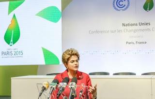 Em pronunciamento, Dilma se diz indignada com a decisão de Eduardo Cunha