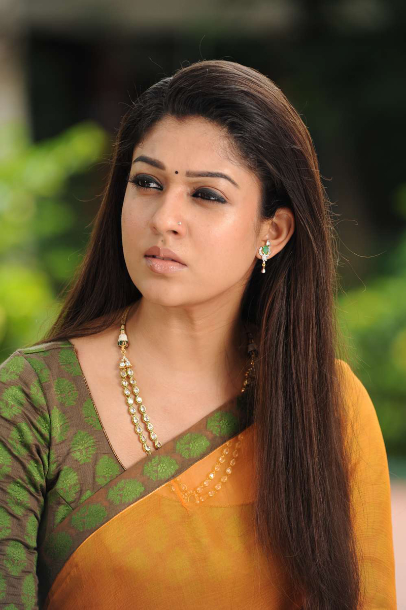 Nayanthara Hot In Love Story New Movie Picture Movie