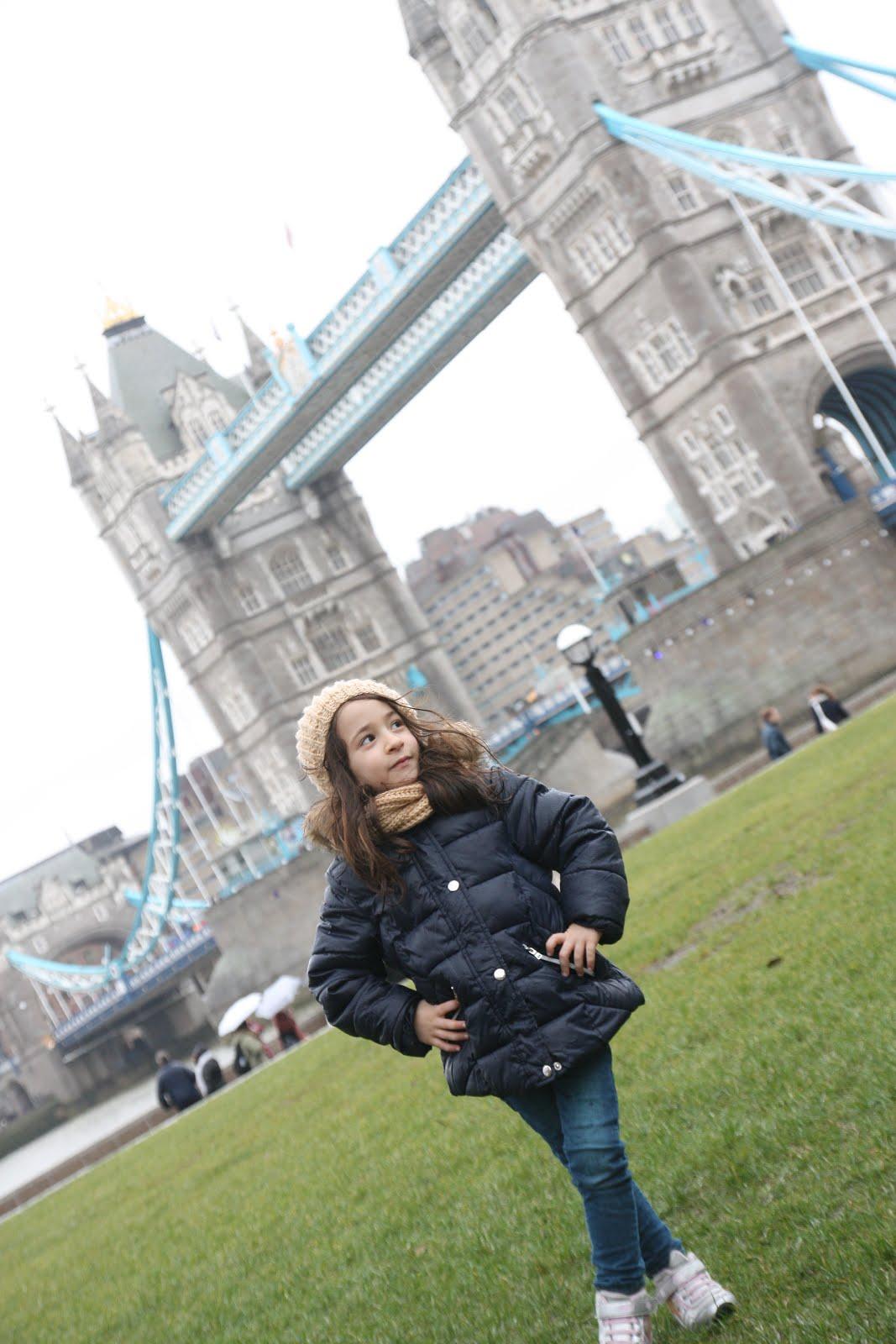 Aysu Londra'da