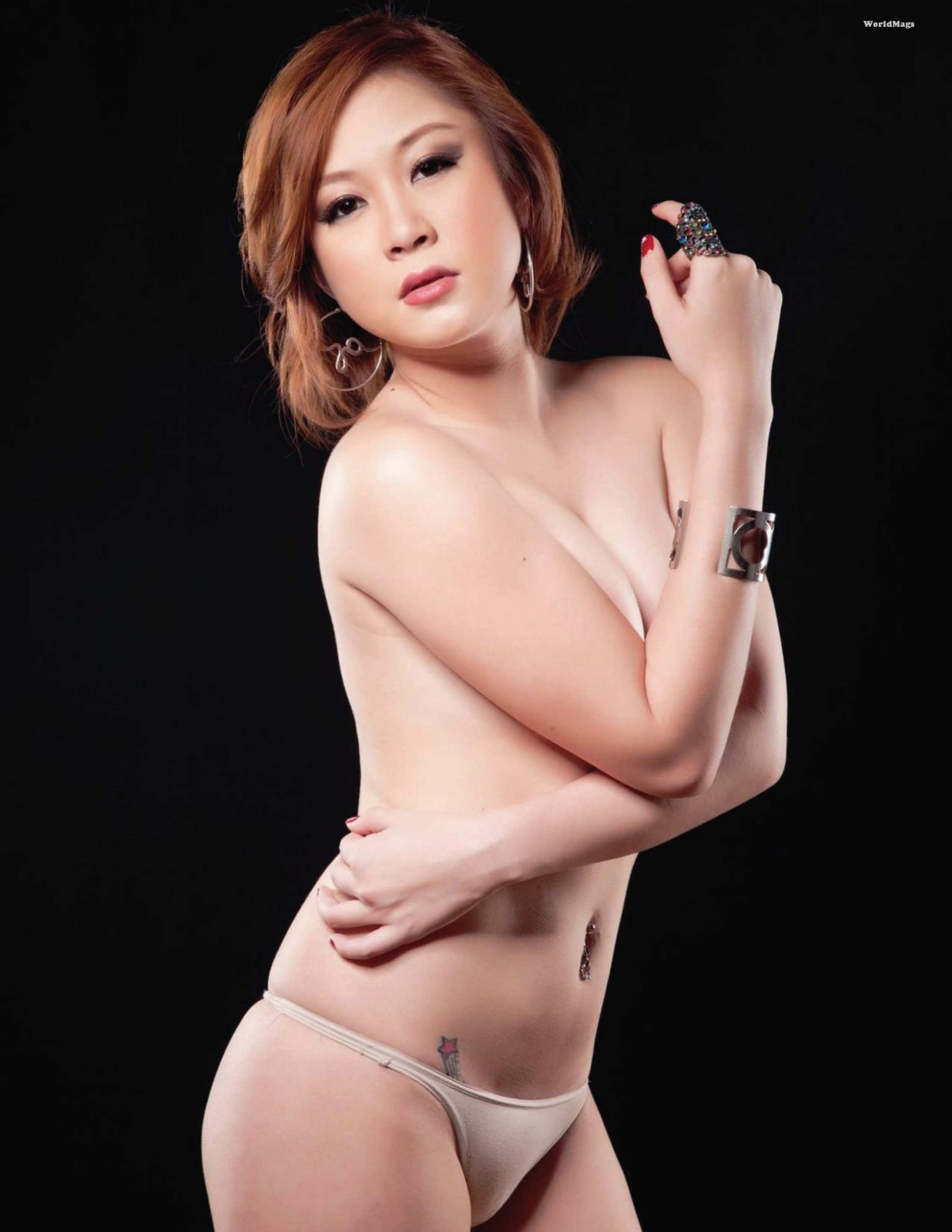 sexy asian girls nude pics 08