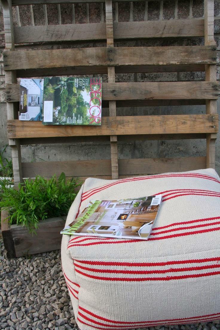 http://retropolitanhip.blogspot.com/2012/05/from-3-ikea-floor-mat-to-flippin.html