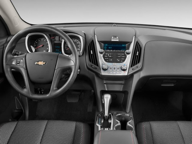 Interior shot of 2011 Chevrolet Equinox