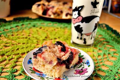 54. Ciasto drożdżowe ze śliwkami i kruszonką...dużą ilością kruszonki :)