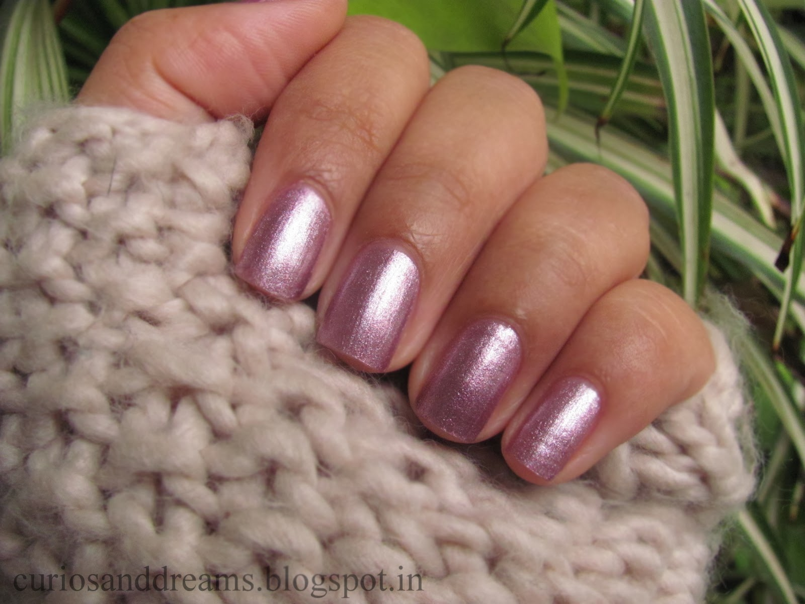 Lotus Herbals Colour Dew Nail Enamel Luscious Berry Review
