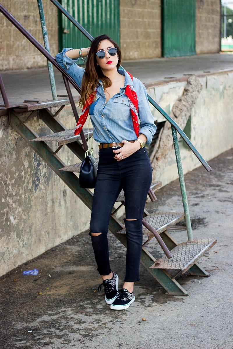 high waist ripped jeans zara