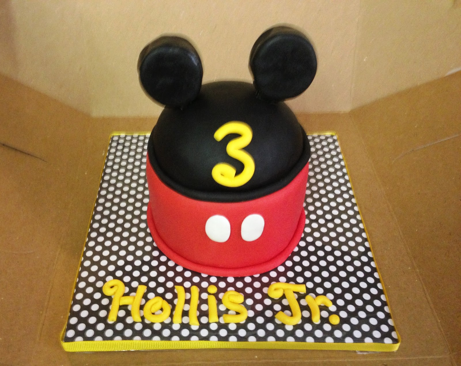 """Cakes by Mindy Mickey Mouse Smash Cake 4"""""""