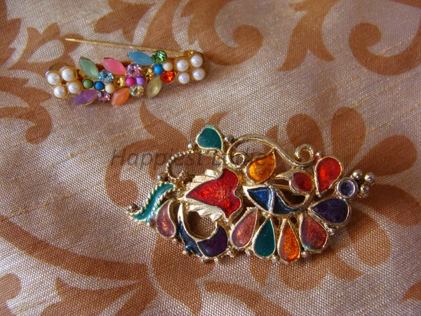 accssories along with saree