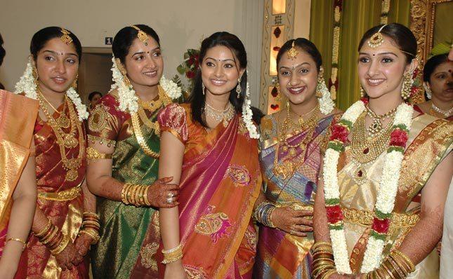 Pin Sakshi-tanwar-married-real-life-ajilbabcom-portal on ...