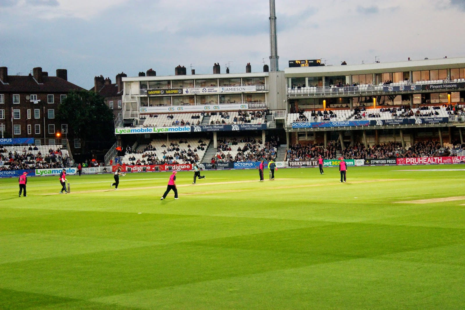 lifestyle, london, sport, cricket, kia oval, 20/20 cricket, ecb, cricket matches, surrey cricket club, middlesex panthers, cricket match, friday 20/20 cricket, London cricket, That Guy Luke, Blog, Sports Blog,