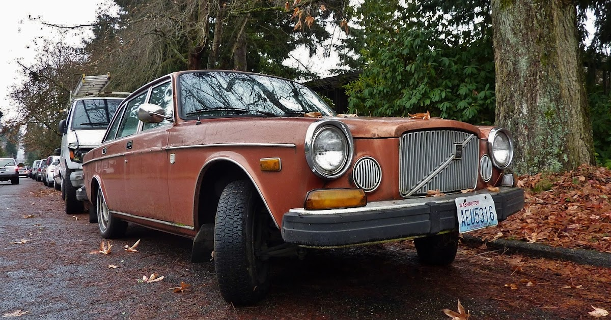 Seattle 39 s parked cars 1974 volvo 164e