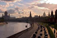 Moscow ben bo song Moskva