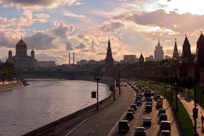 Moscow bên bờ sông Moskva 1