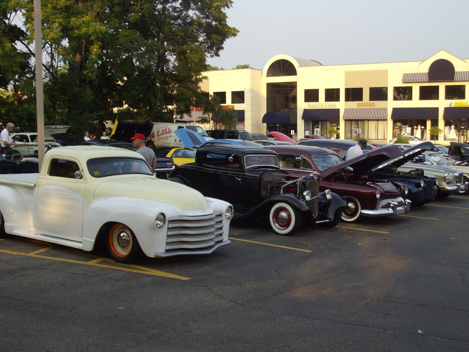 Mitten State Sports Report Weekly Car Show In Farmington - Weekly car shows near me