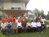 perjumpaan dengan pemimpin setempat