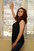 Reena Bhatia glamorous photos-thumbnail-5