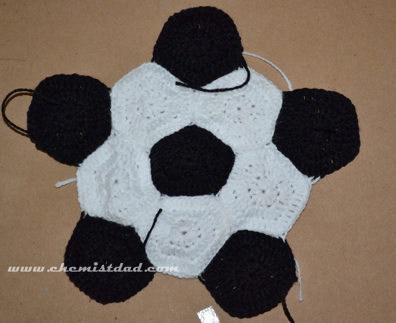 Crochet soccer ball hat pattern pentagon and hexagon attached dt1010fo