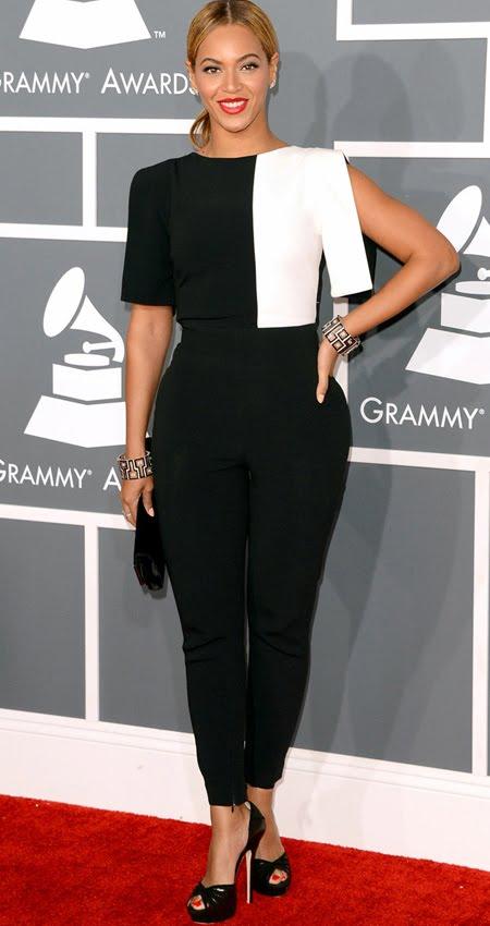 Бионсе на Грами 2013 ултра модерна в черно и бяло