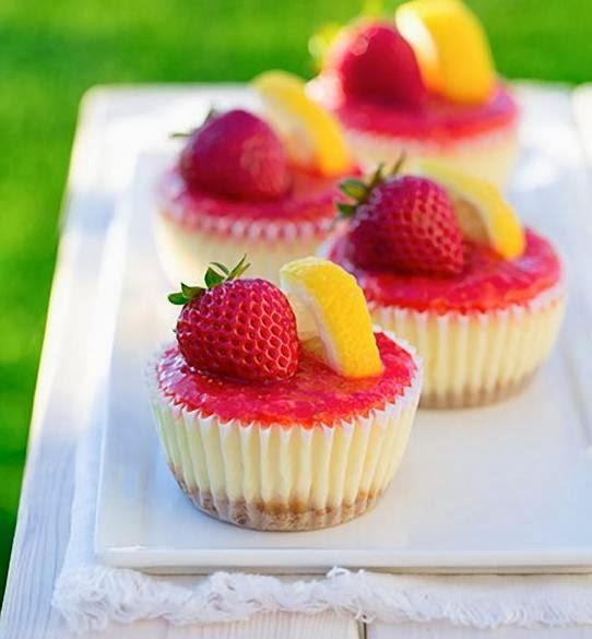 Strawberry Cup Cakes