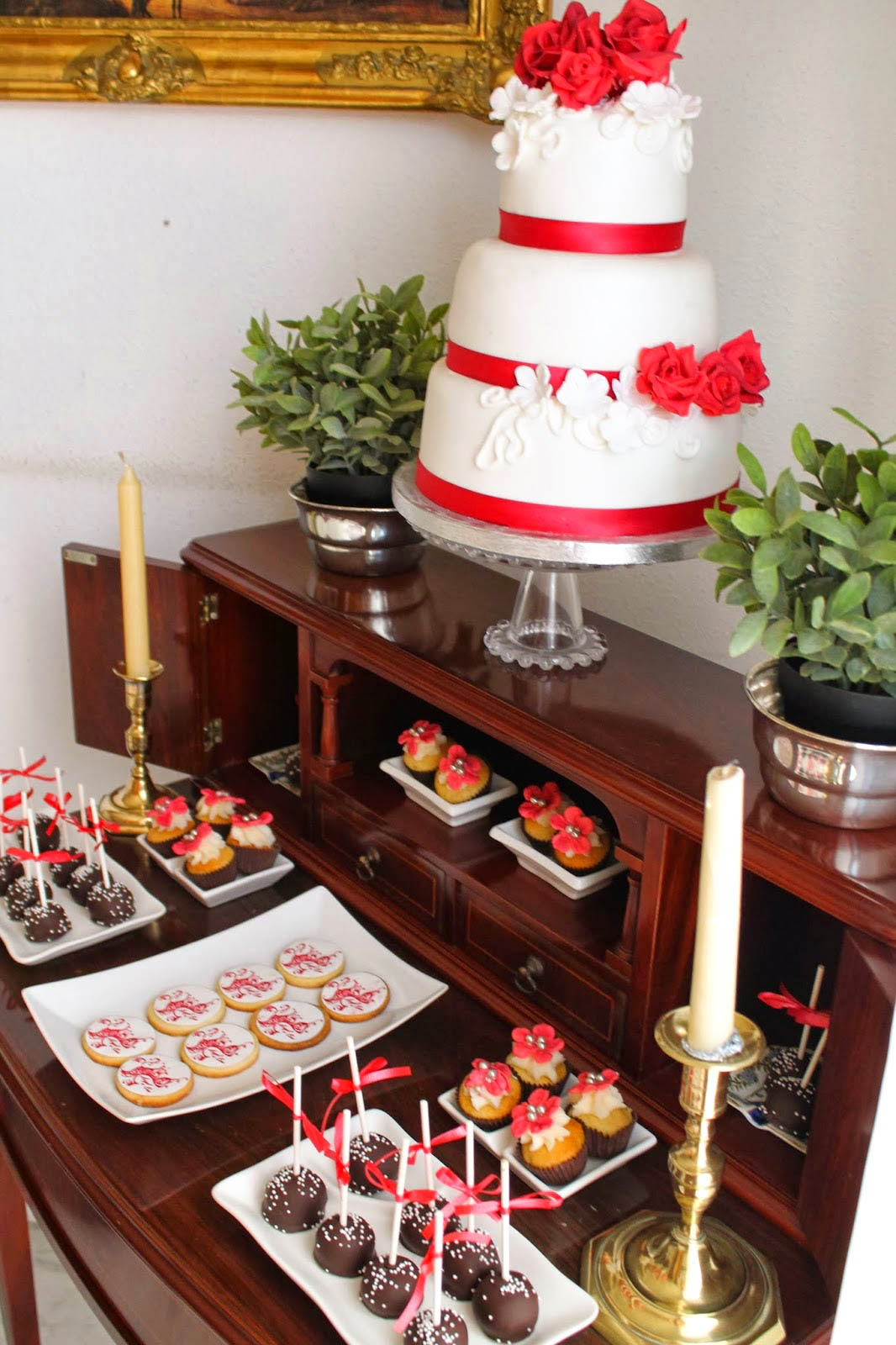 Mesa dulce boda de ngel y eva sevilla tarta chic for Dulce boda