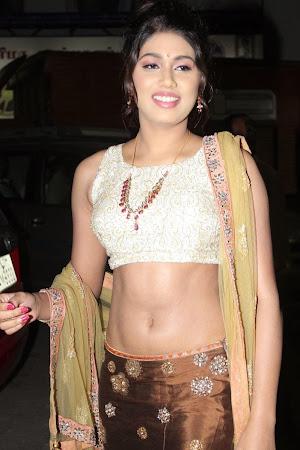 Pretty Manisha yadav hot photos in traditional lengha