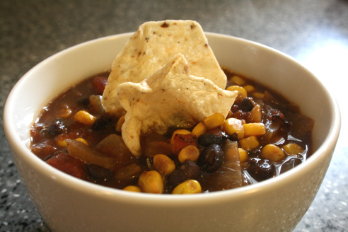 Fitness Gazette: southwestern black bean corn chowder