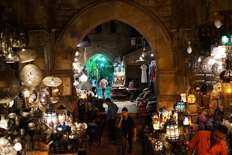 Sebuah pasar di Kairo, Mesir